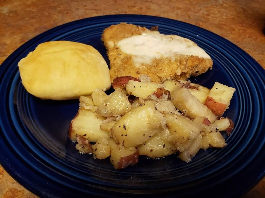 Sharpes Catering & Homemade Meals | restaurant | 555 E Memorial Hwy, Harmony, NC 28634, USA | 7046570182 OR +1 704-657-0182