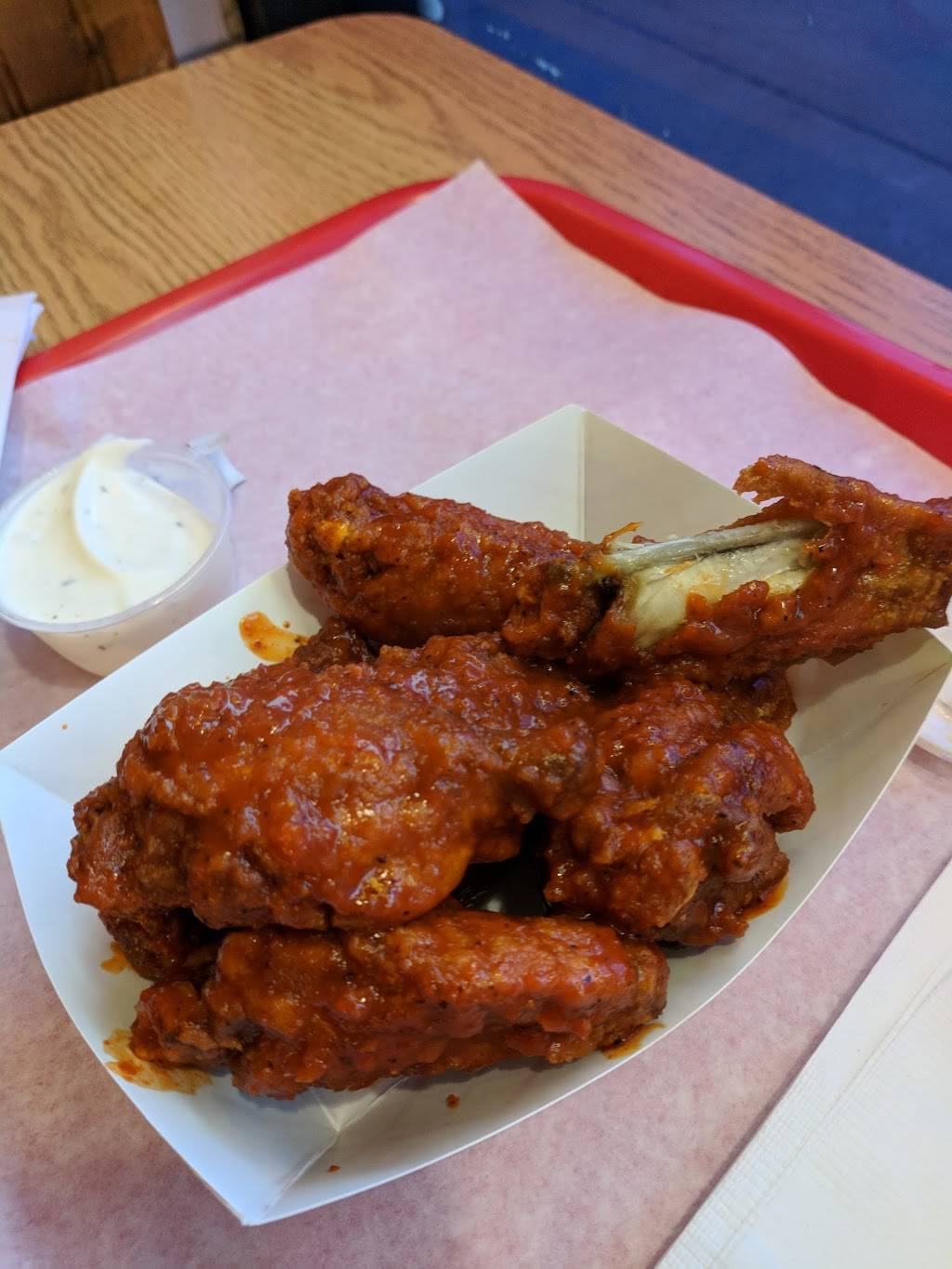 House of Wings   meal delivery   2447 N Clark St, Chicago, IL 60614, USA   7739299421 OR +1 773-929-9421