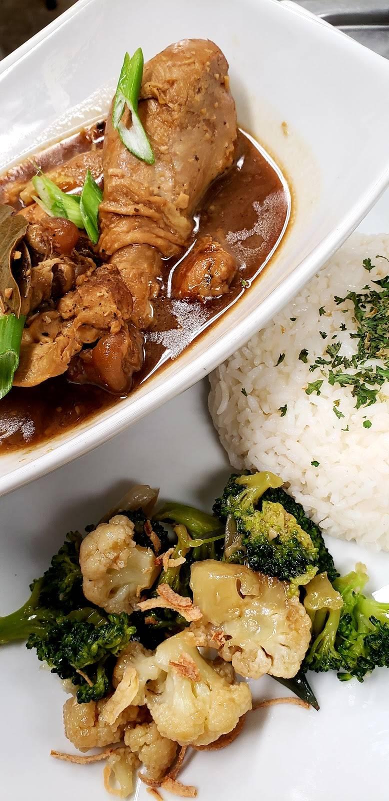 Pica-Pica Filipino Cuisine | restaurant | 1214 Main St, St Johnsbury, VT 05819, USA | 8024241585 OR +1 802-424-1585