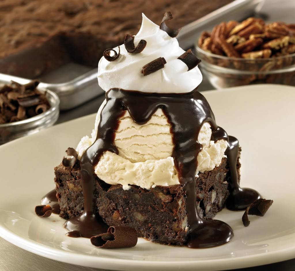 Outback Steakhouse   restaurant   355 Gateway Dr, Brooklyn, NY 11239, USA   7182774275 OR +1 718-277-4275