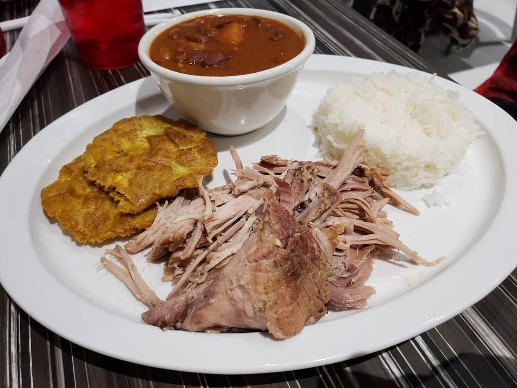 "Smokin' Looney ""Q"" | restaurant | 14035 Noblewood Plaza, Woodbridge, VA 22193, USA | 5712387868 OR +1 571-238-7868"
