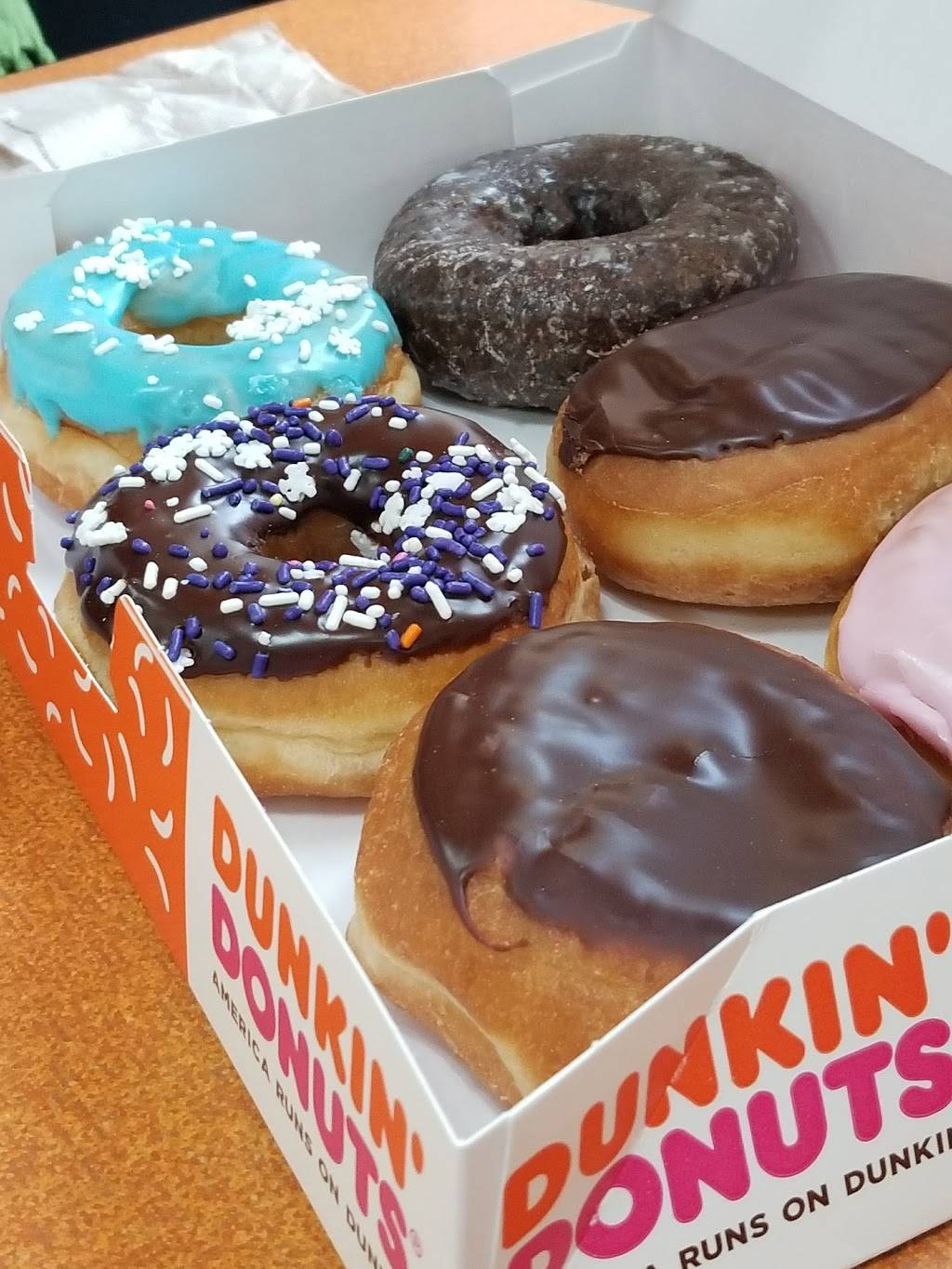 Dunkin Donuts | cafe | 8205 Snowden River Pkwy, Columbia, MD 21045, USA | 4104655882 OR +1 410-465-5882