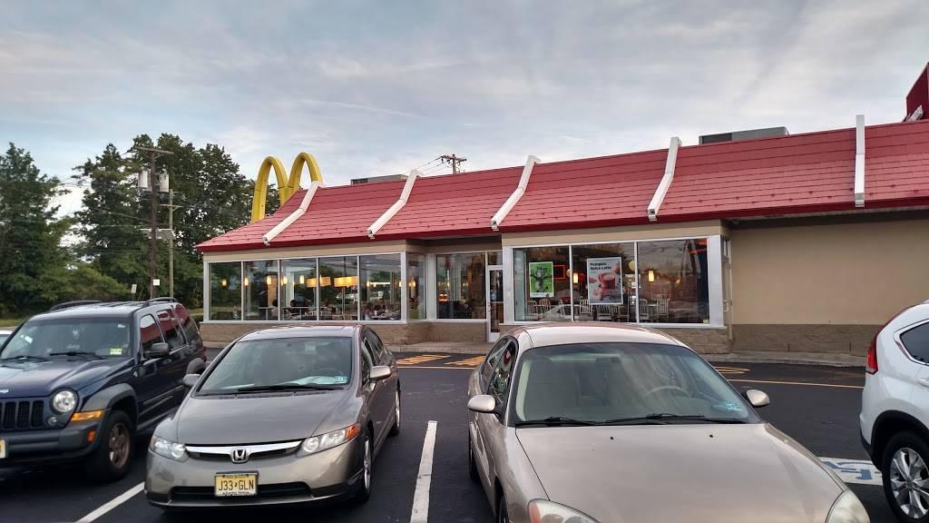 McDonalds | cafe | 663 Washington St, Belleville, NJ 07109, USA | 9737516700 OR +1 973-751-6700