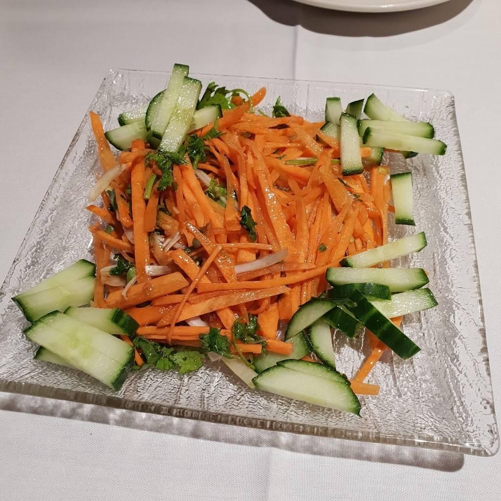 Eerkin's Uyghur Cuisine | restaurant | 4008 University Dr, Fairfax, VA 22030, USA | 7033521121 OR +1 703-352-1121