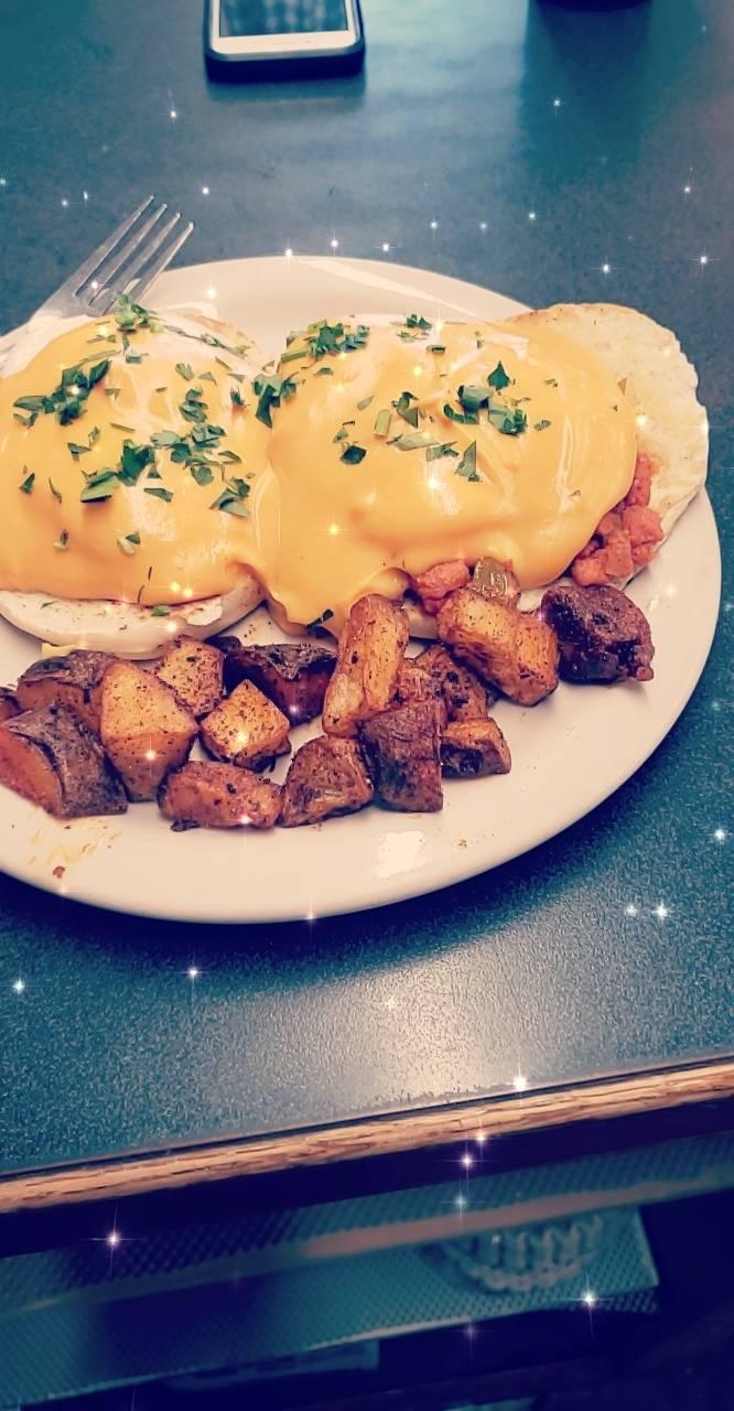Lexi Lus | restaurant | 1133 American Legion Hwy, Westport, MA 02790, USA | 7743093330 OR +1 774-309-3330
