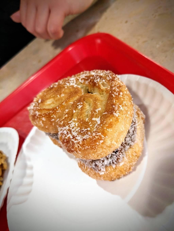 Cafe La Nueva | bakery | 86-10 37th Ave, Jackson Heights, NY 11372, USA | 7185072339 OR +1 718-507-2339