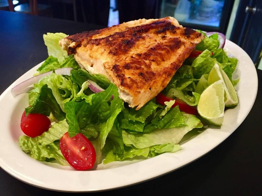 El Rincón Grill & Bar | restaurant | 4663 Metropolitan Ave, Ridgewood, NY 11385, USA | 3472278030 OR +1 347-227-8030