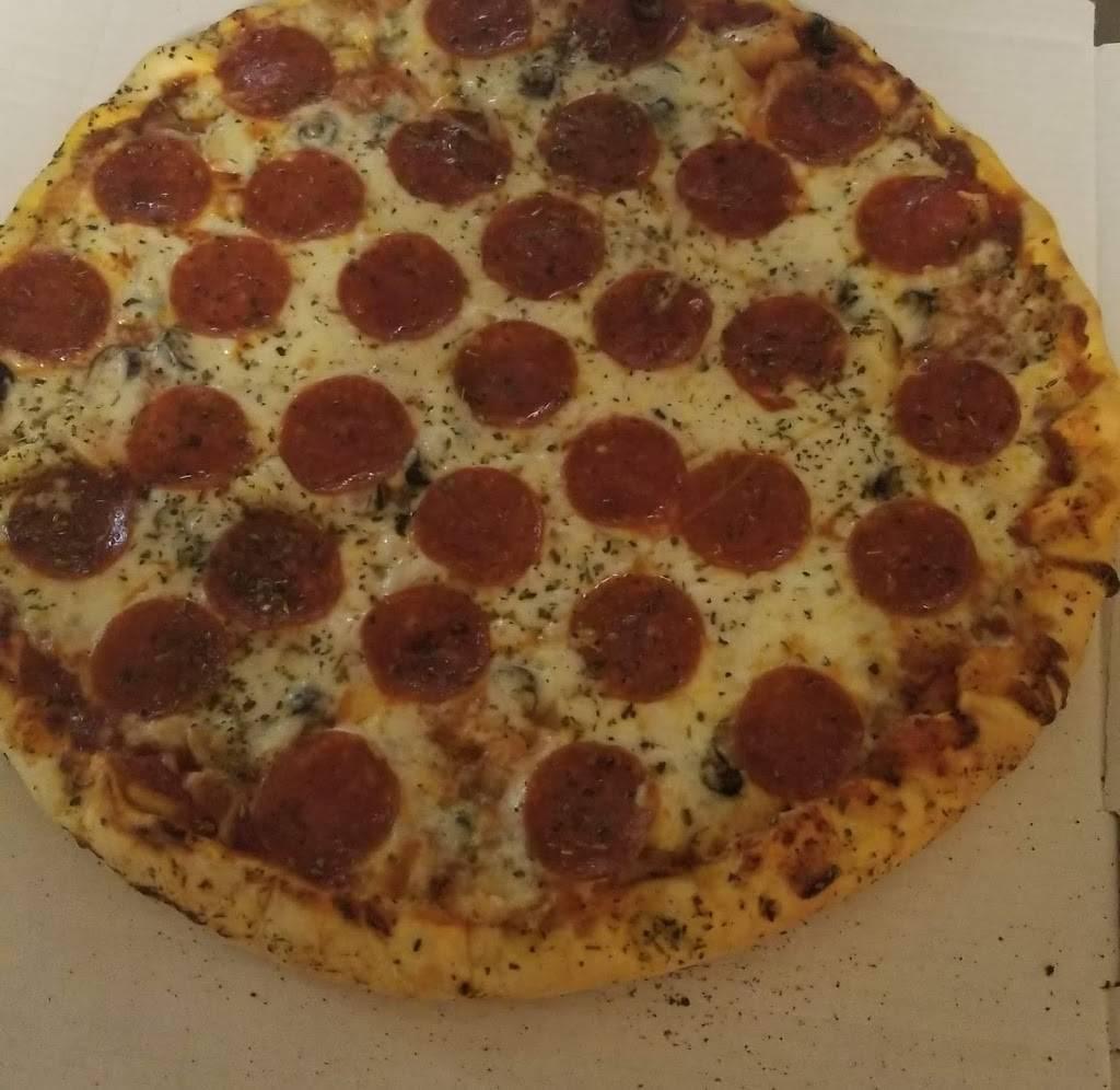 Veronas Pizza | restaurant | 4900-4924 Calumet Ave, Hammond, IN 46327, USA | 2199311420 OR +1 219-931-1420
