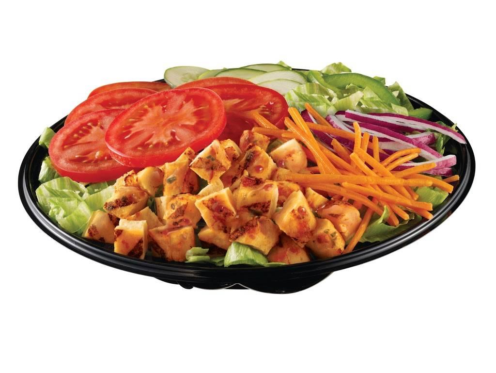 Restaurant SUBWAY | restaurant | 16670 boul. Acadians, Highway 55, Bécancour, QC G9H 1L2, Canada | 8192332429 OR +1 819-233-2429