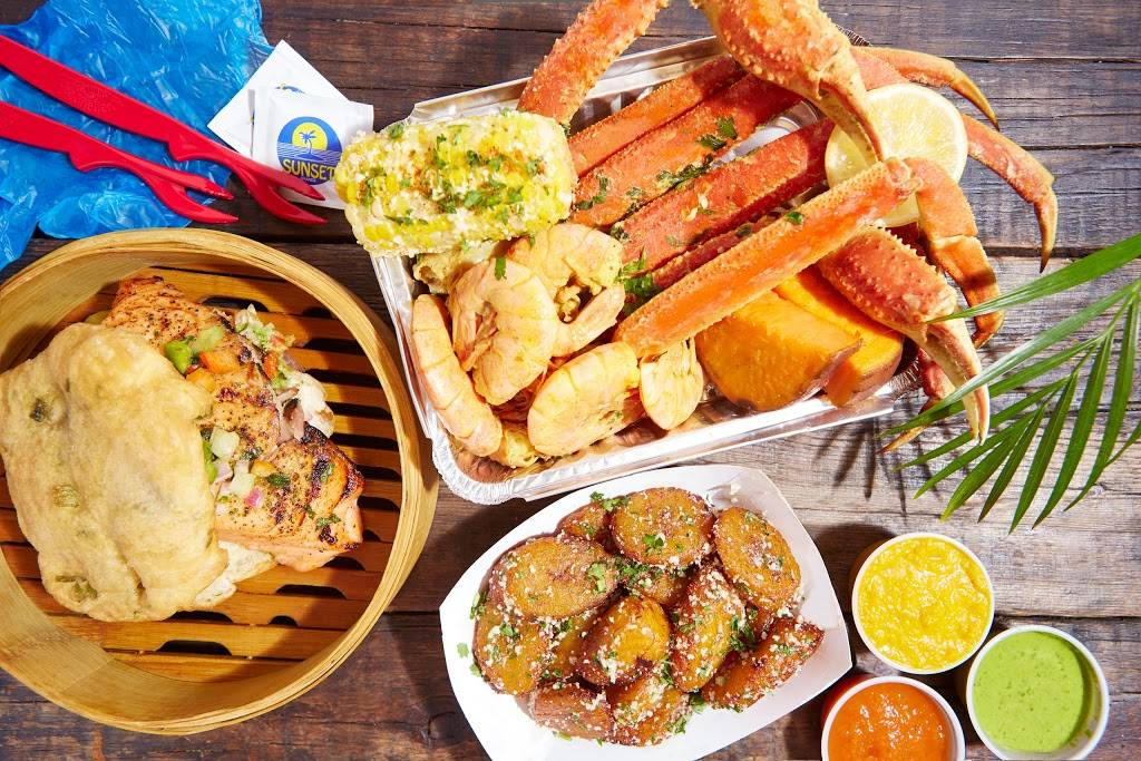 Lolos Seafood Shack | restaurant | 303 W 116th St, New York, NY 10026, USA | 6466493356 OR +1 646-649-3356
