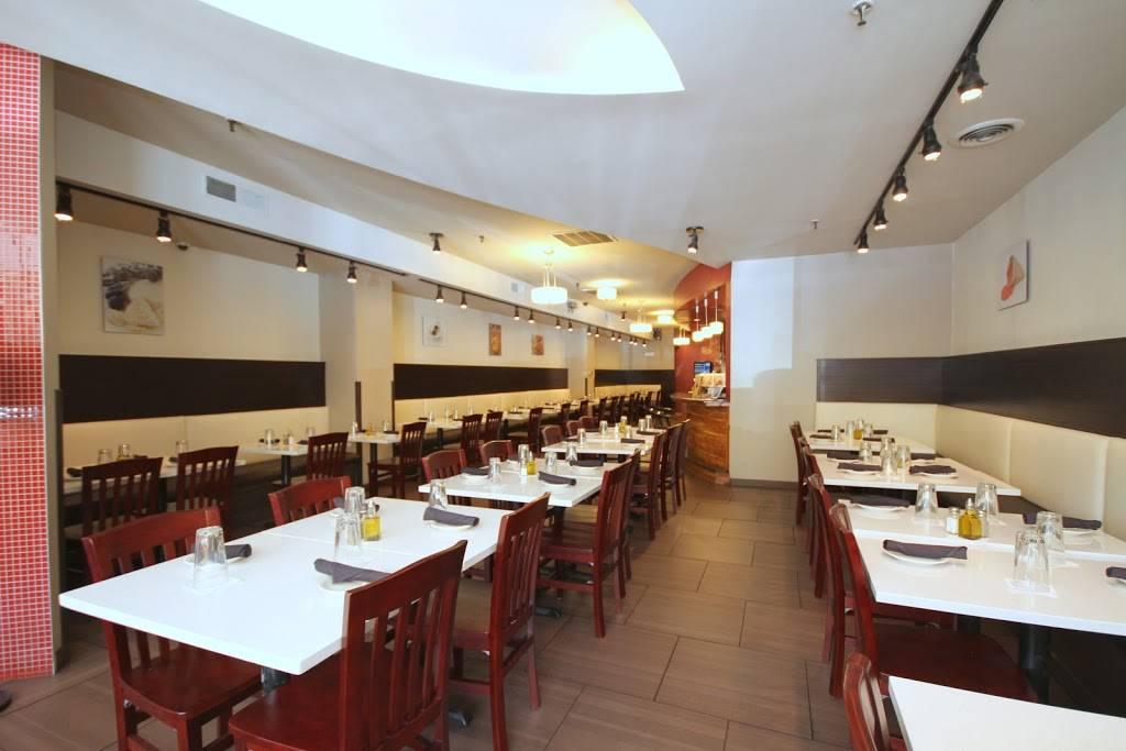 Cedars Mediterranean Kitchen Restaurant 1206 E 53rd St Chicago Il 60615 Usa