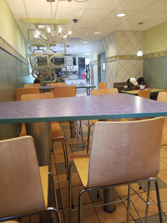 McDonalds | cafe | 4700 Charlotte Ave, Nashville, TN 37209, USA | 6153854710 OR +1 615-385-4710