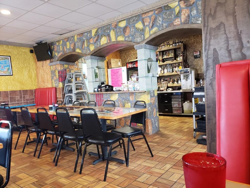 El Toro   restaurant   601 N Mason St, Carrollton, MO 64633, USA   6605421133 OR +1 660-542-1133