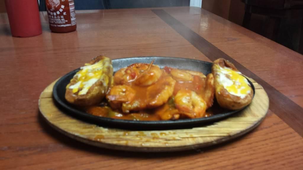 La Ecuatoriana | restaurant | 4215 Annapolis Rd # A, Halethorpe, MD 21227, USA | 4106361346 OR +1 410-636-1346