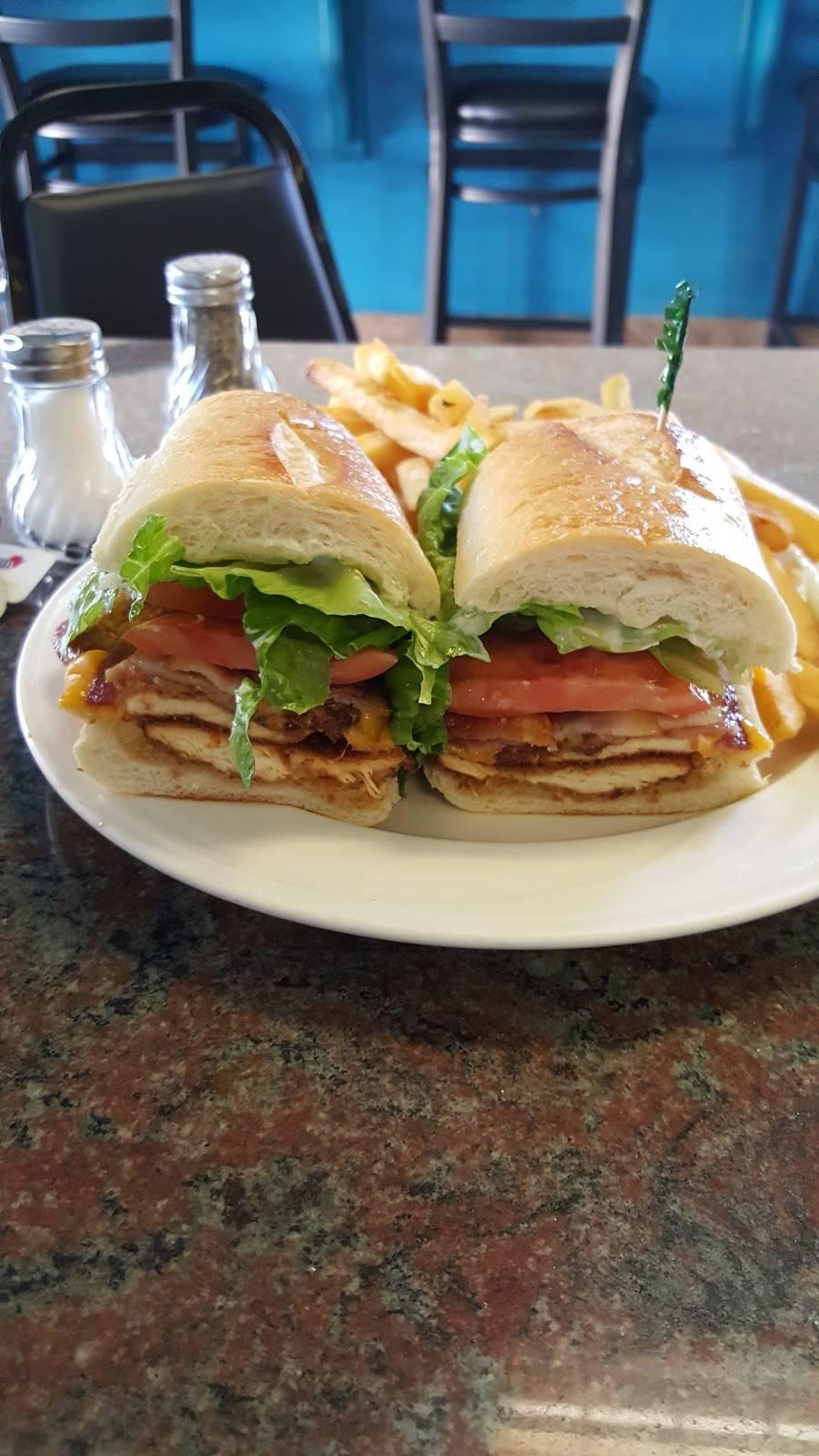 Oasis Coffee Shop   restaurant   390 Tiffany St, Bronx, NY 10474, USA   7183284400 OR +1 718-328-4400