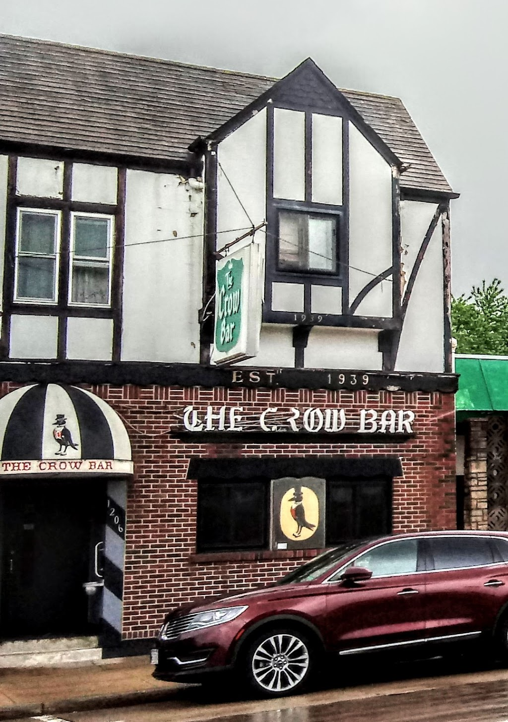 Crow Bar | restaurant | 1206 Superior Ave, Tomah, WI 54660, USA | 6083726830 OR +1 608-372-6830