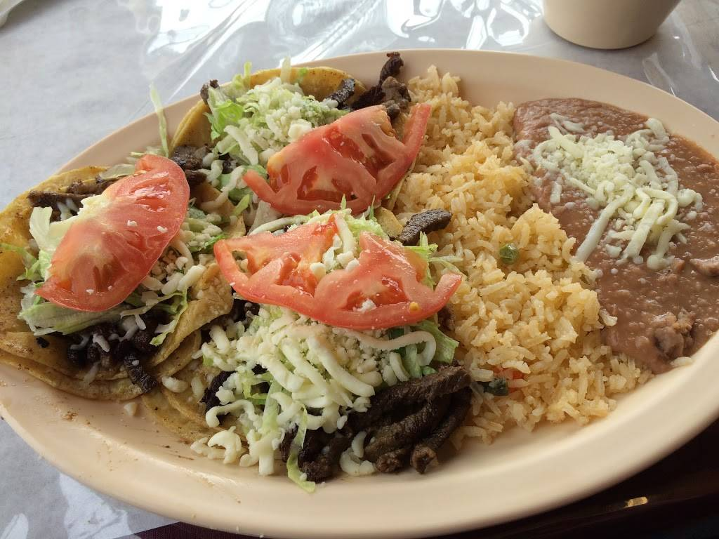 Los Cocos - Restaurant | 2225 W North Ave # H, Melrose Park, IL 60160, USA