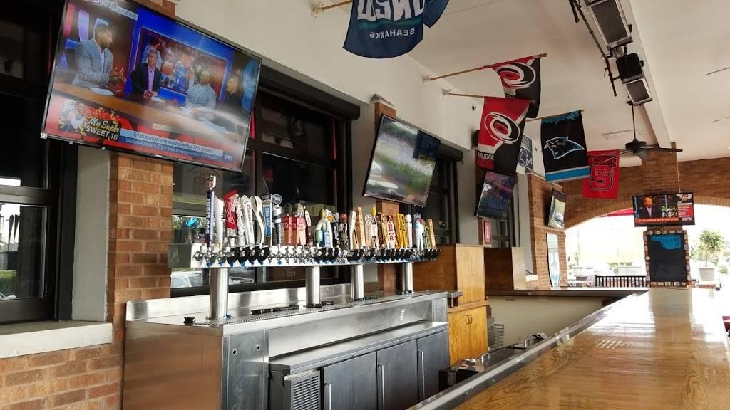 Carolina Ale House | restaurant | 317 S College Rd C, Wilmington, NC 28403, USA | 9107919393 OR +1 910-791-9393