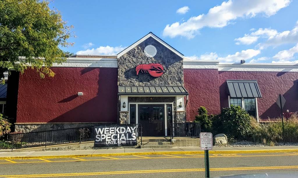 Red Lobster | restaurant | 700 Plaza Dr, Secaucus, NJ 07094, USA | 2015831902 OR +1 201-583-1902