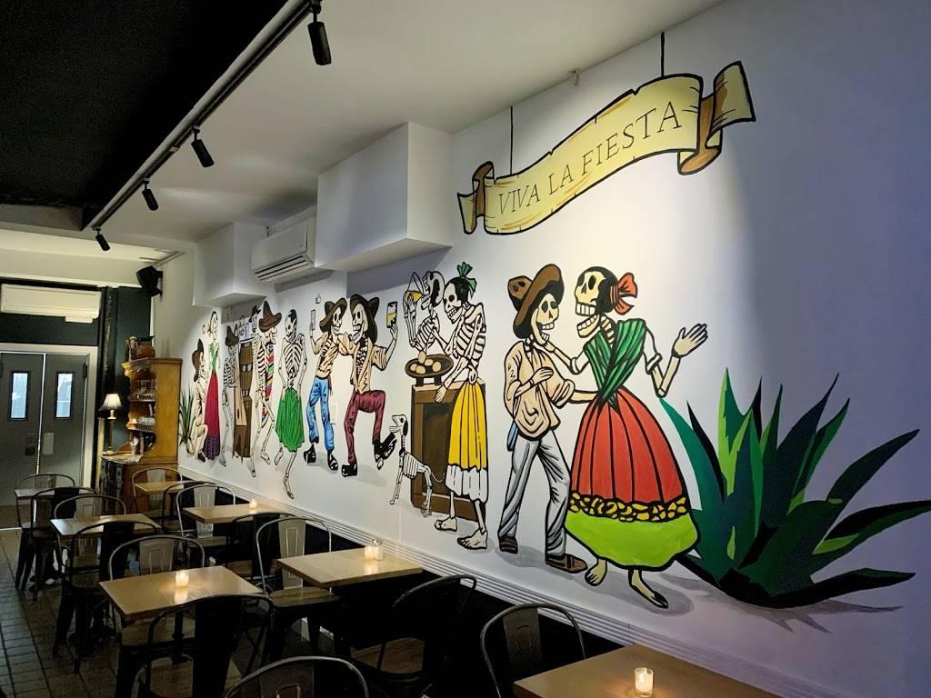 Viva Viva Taqueria   restaurant   34-10 30th Ave, Astoria, NY 11103, USA   7182556766 OR +1 718-255-6766