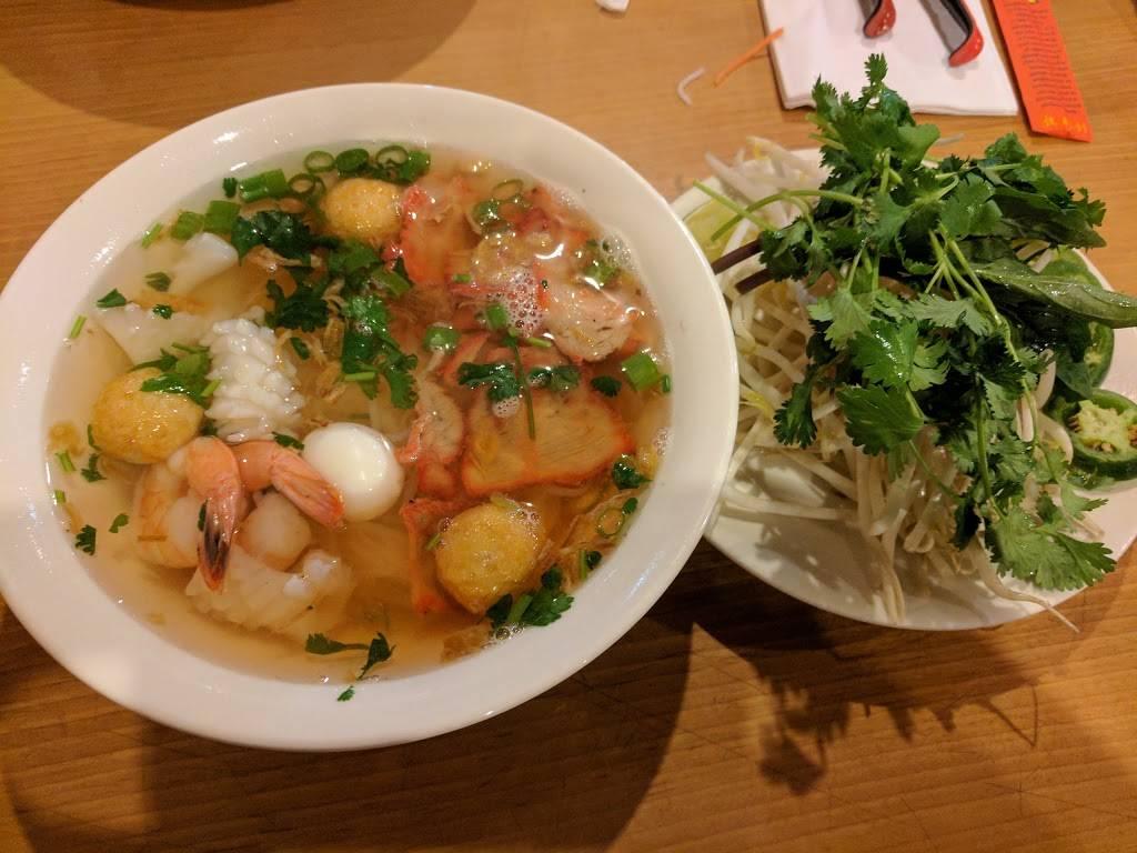 Saigon I | restaurant | 448 Newtown Rd, Virginia Beach, VA 23462, USA | 7575180307 OR +1 757-518-0307