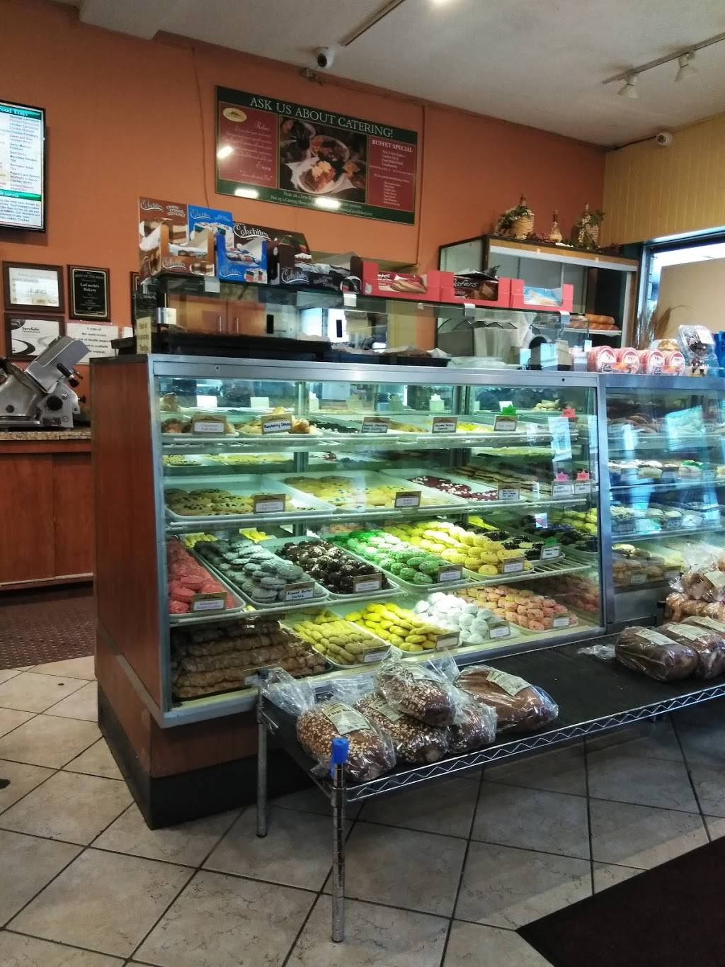 La Cascias Bakery | meal delivery | 418 Main St, Medford, MA 02155, USA | 7813965041 OR +1 781-396-5041