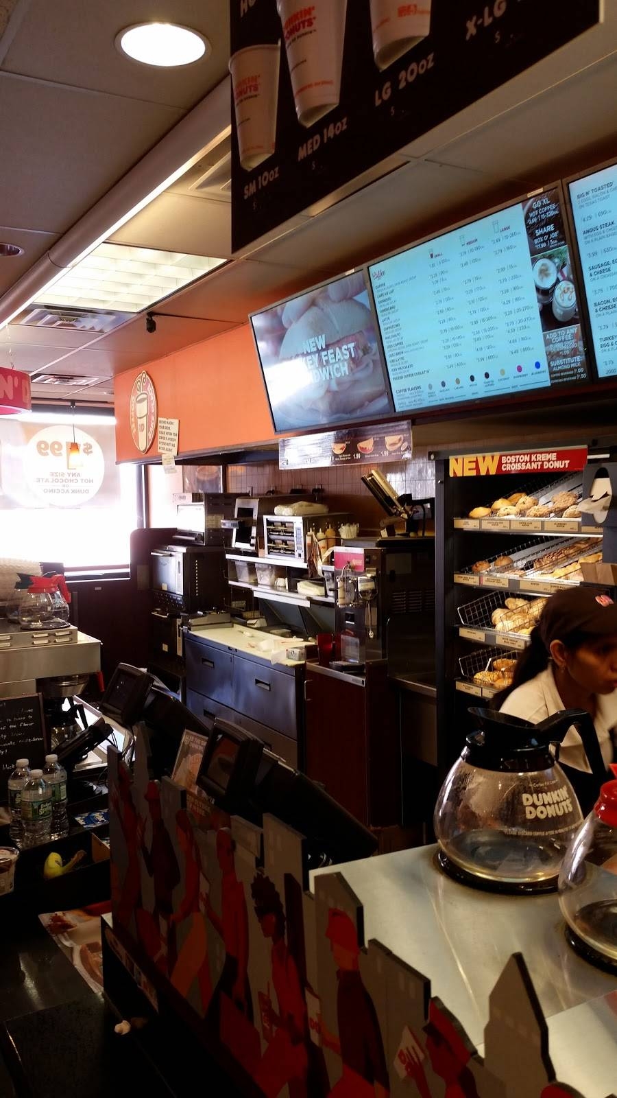 Dunkin Donuts | cafe | 9712 Metropolitan Ave, Forest Hills, NY 11375, USA | 7187935785 OR +1 718-793-5785