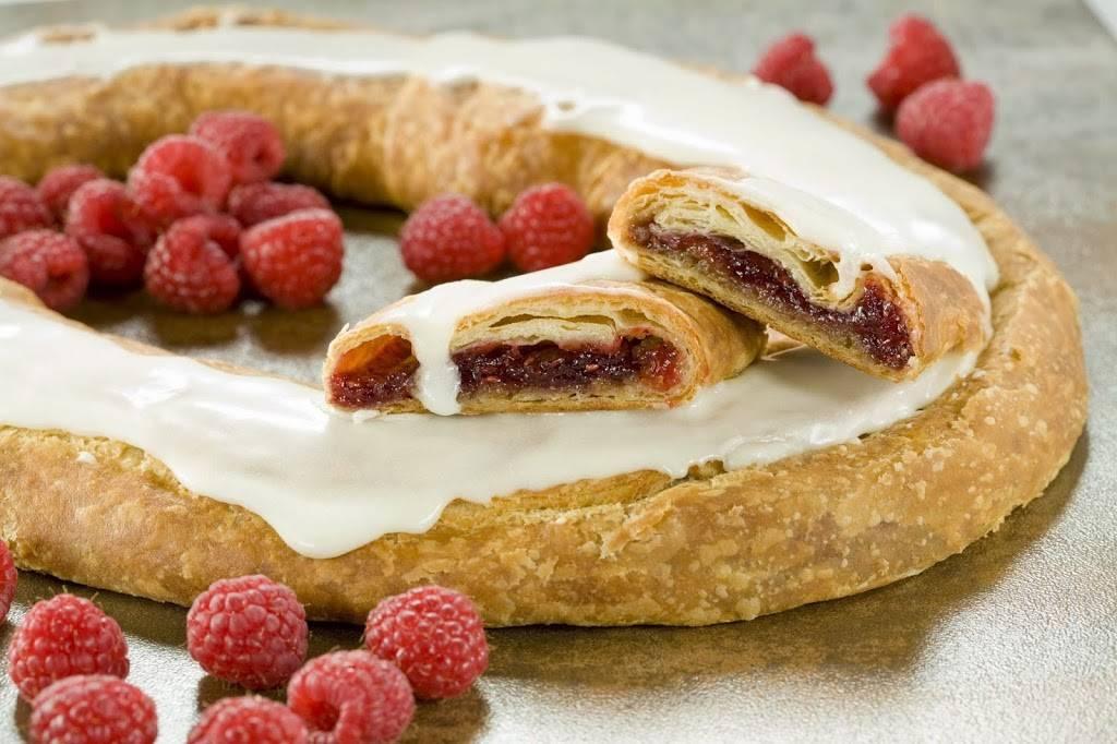 O&H Danish Bakery | bakery | 4006 Durand Ave, Racine, WI 53405, USA | 2625541311 OR +1 262-554-1311