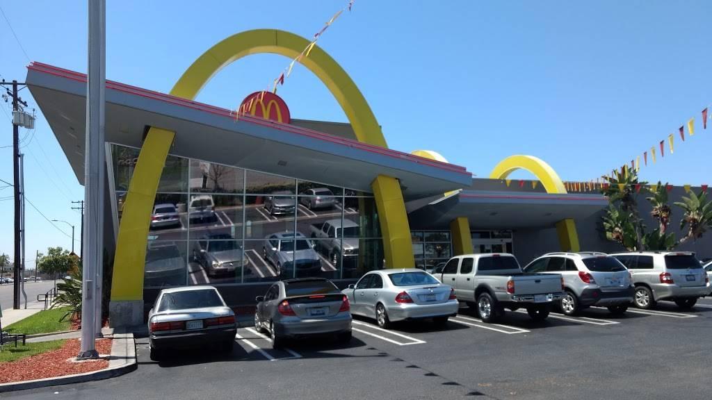 McDonalds | cafe | 1341 S Brookhurst Rd, Fullerton, CA 92833, USA | 7148700171 OR +1 714-870-0171