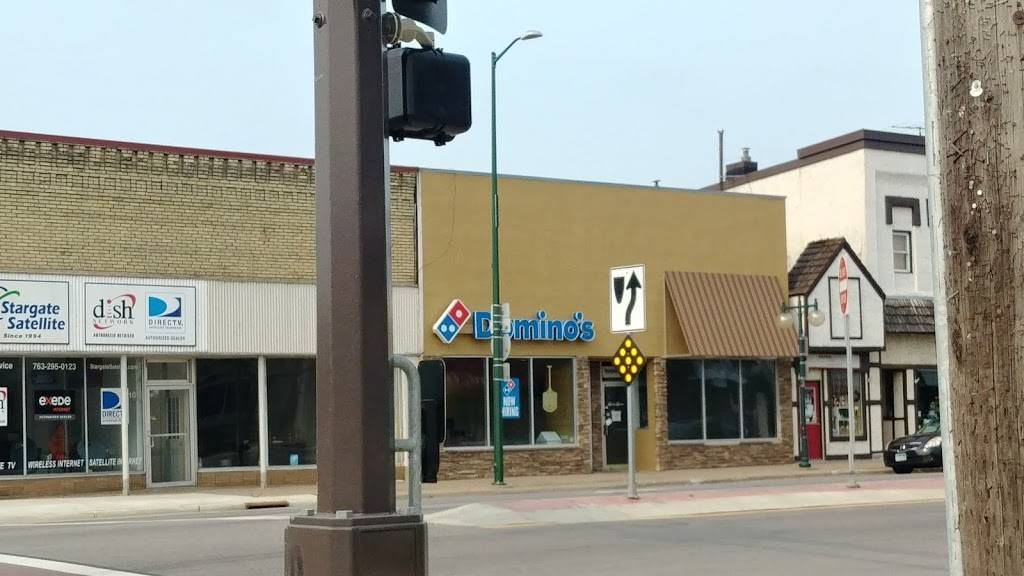 Dominos Pizza | meal delivery | 112 W Broadway St, Monticello, MN 55362, USA | 7632952424 OR +1 763-295-2424