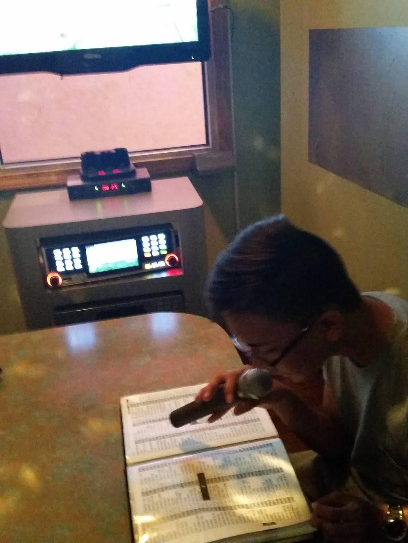 The Music Box | restaurant | 224 E Golf Rd, Arlington Heights, IL 60005, USA | 8477180883 OR +1 847-718-0883