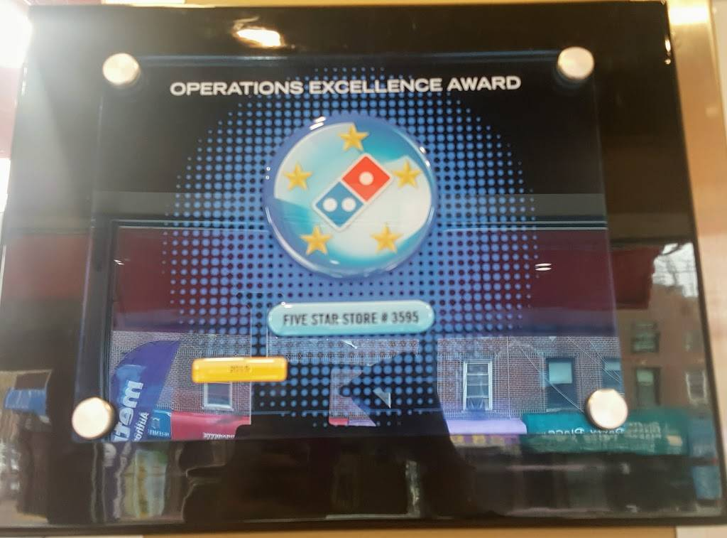 Dominos Pizza | meal delivery | 9614 Metropolitan Ave, Forest Hills, NY 11375, USA | 7187932024 OR +1 718-793-2024