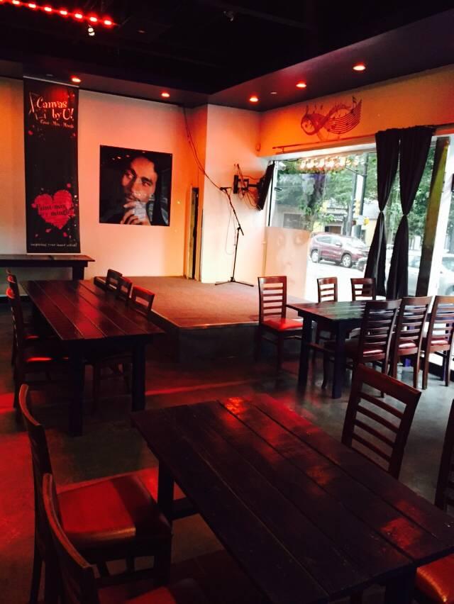 Crazy ATLanta Travel BAR, Street Food & Event Venue   restaurant   182 Courtland St NE, Atlanta, GA 30303, USA   4049753343 OR +1 404-975-3343