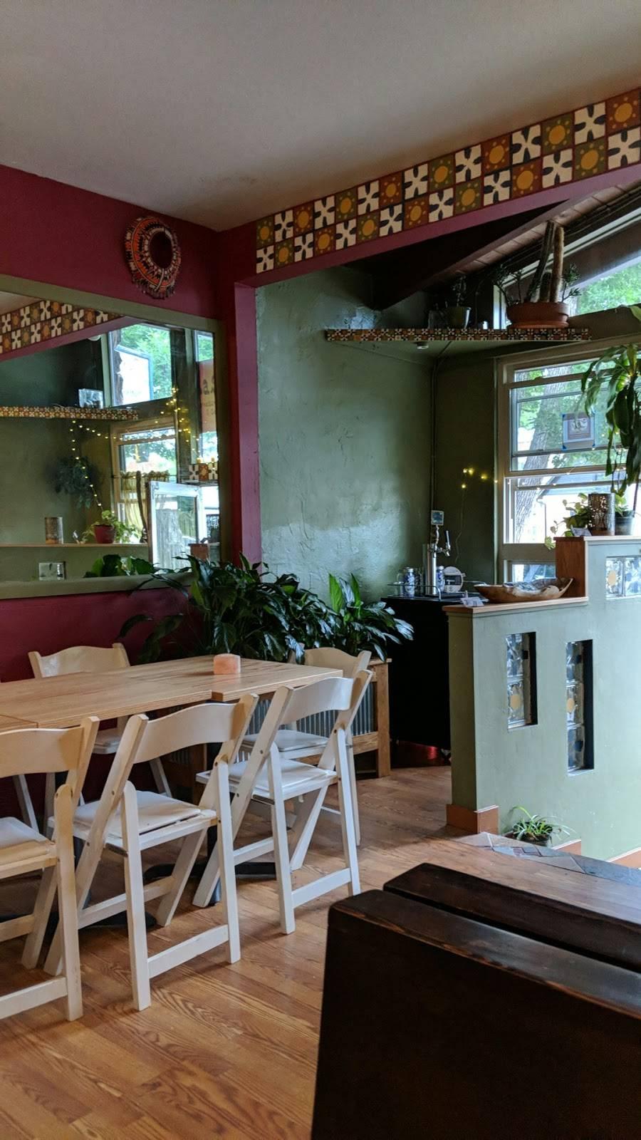 Raska International Cuisine & Sauce | restaurant | 128a W Laurel St, Fort Collins, CO 80524, USA | 9705813894 OR +1 970-581-3894
