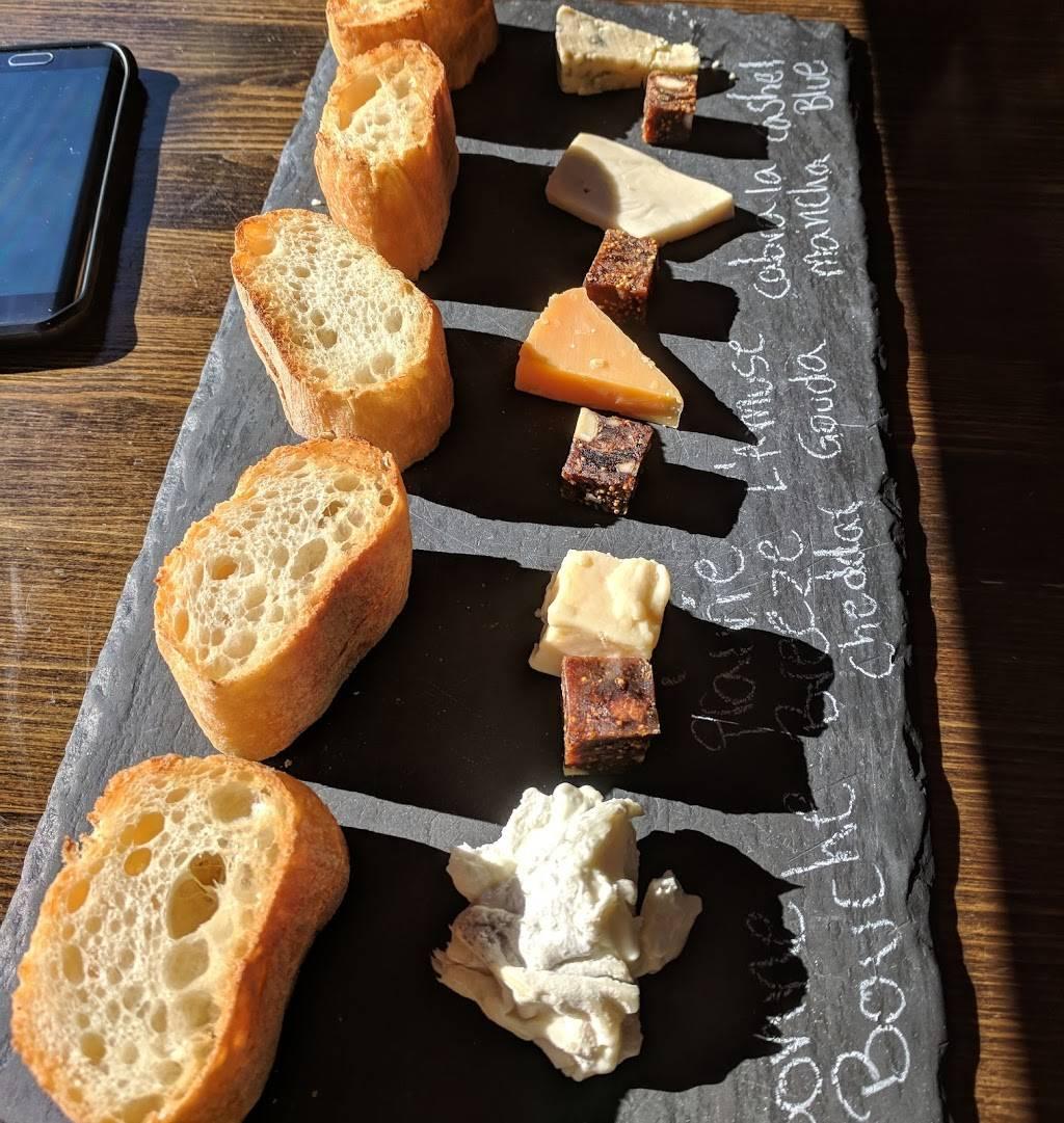 Astoria Bier & Cheese-Ditmars   restaurant   35-11 Ditmars Blvd, Astoria, NY 11105, USA   7182556982 OR +1 718-255-6982