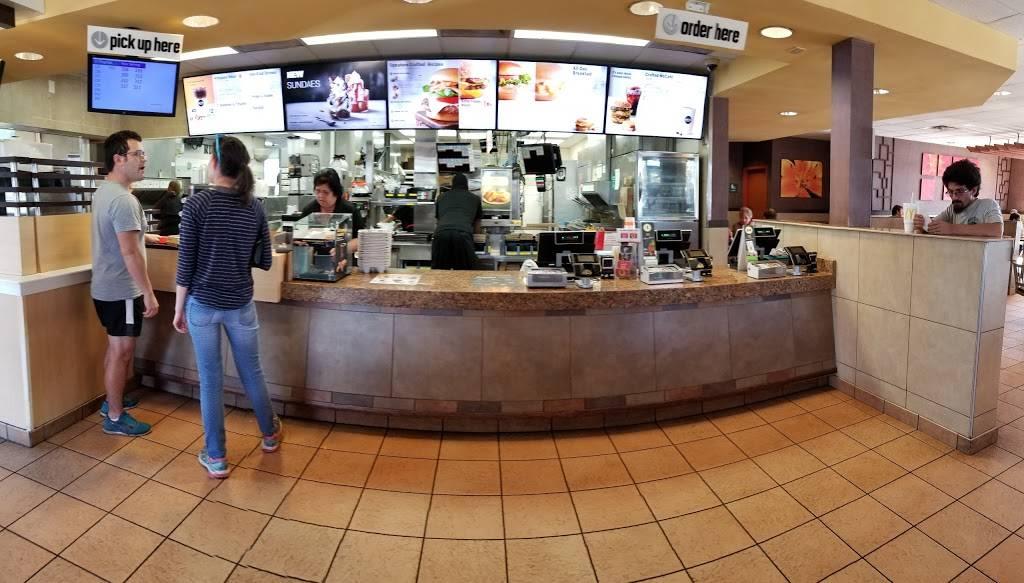 McDonalds | cafe | 3901 Cattlemen Rd, Sarasota, FL 34233, USA | 9413782511 OR +1 941-378-2511