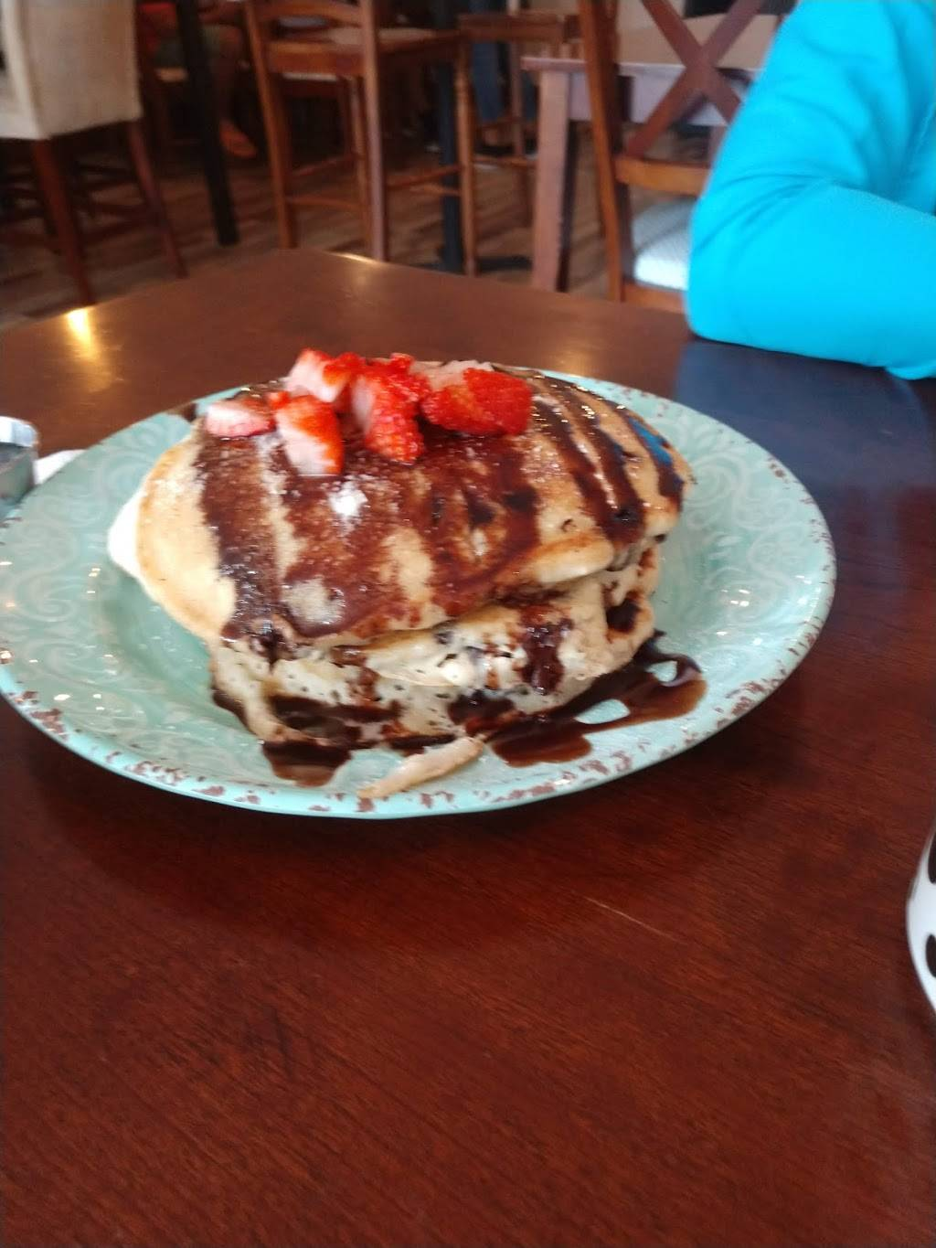 Yours and Mine Cafe and Bakery | restaurant | 2104, 132 E College St, Covina, CA 91723, USA | 6263319095 OR +1 626-331-9095