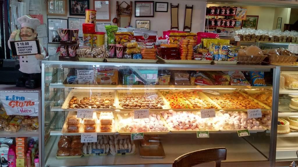 Krystal's | bakery | 6902 Roosevelt Ave, Woodside, NY 11377, USA | 7188981900 OR +1 718-898-1900