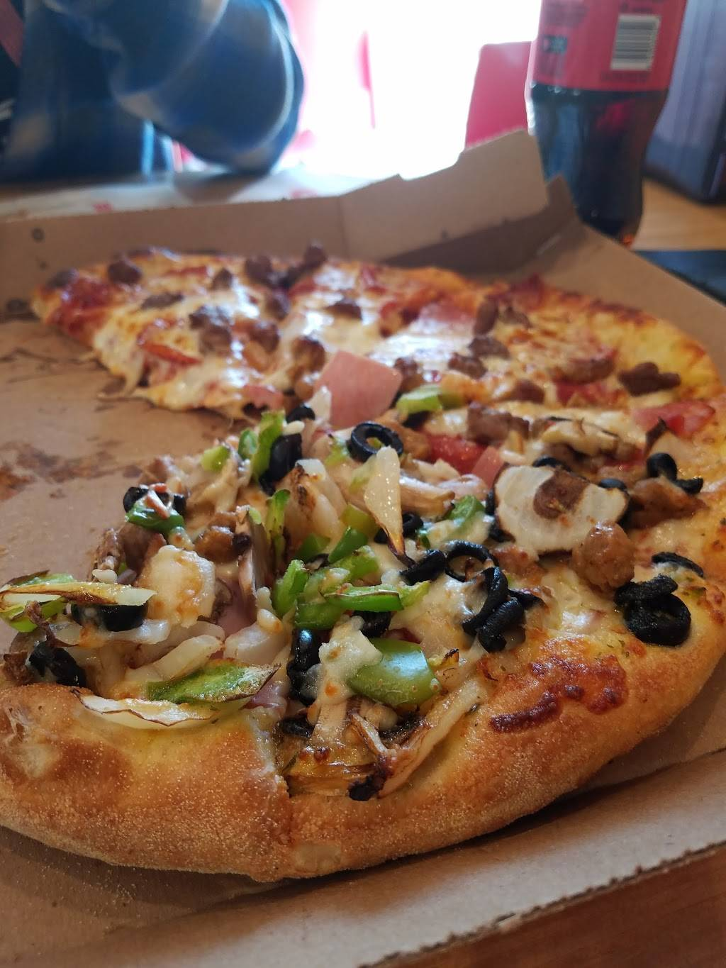 Dominos Pizza   meal delivery   4257 W 3rd St, Los Angeles, CA 90020, USA   2133853888 OR +1 213-385-3888