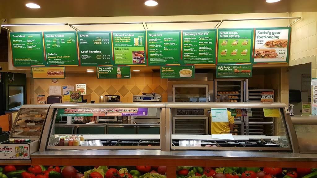 Subway Restaurants | restaurant | 979 Broadway, Millbrae, CA 94030, USA | 6506529315 OR +1 650-652-9315
