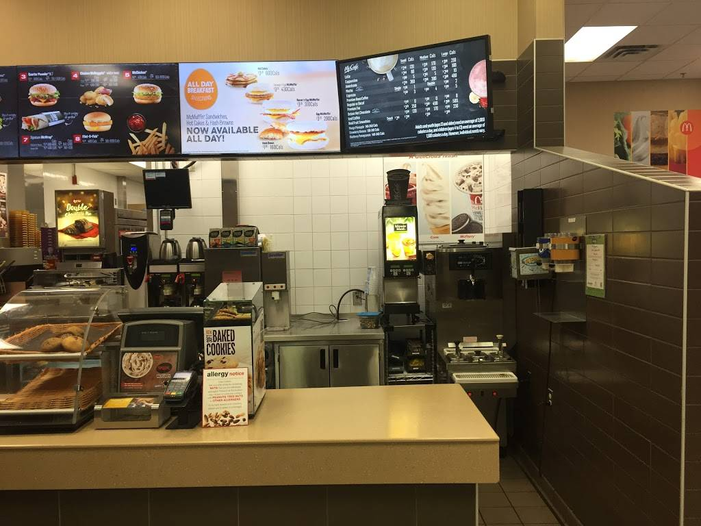Walmart McDonalds | cafe | 270 Kingston Rd E, Ajax, ON L1S 4S7, Canada | 9054289383 OR +1 905-428-9383