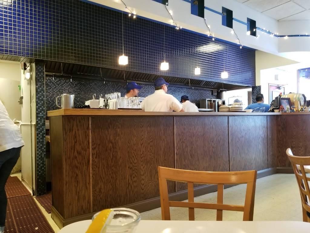 Cross-Rhodes Restaurant   restaurant   913 Chicago Ave, Evanston, IL 60202, USA   8474754475 OR +1 847-475-4475