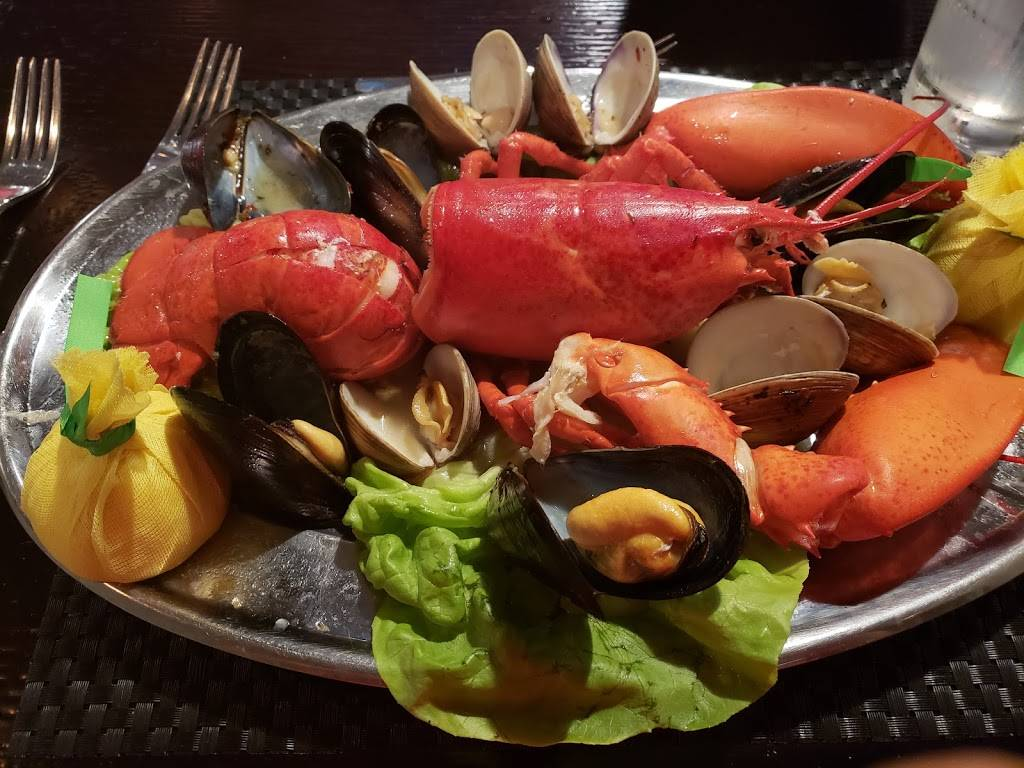 Victory Meat and Seafood   restaurant   116 N York St, Elmhurst, IL 60126, USA   6303595599 OR +1 630-359-5599