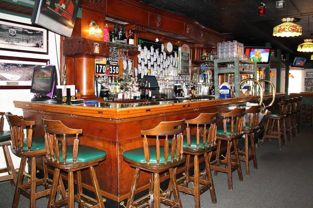 Stellas Black Dog Tavern | restaurant | 860 Fralick St, Plymouth, MI 48170, USA | 7342079656 OR +1 734-207-9656