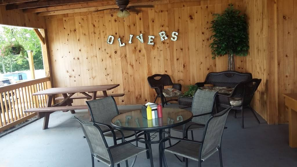 Olivers Dairy Bar & Grill | restaurant | 490 Boston Post Rd, North Windham, CT 06256, USA | 8604505555 OR +1 860-450-5555