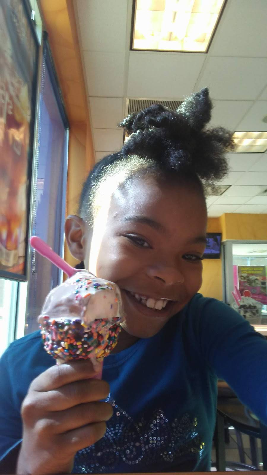 Dunkin Donuts   cafe   17733 Torrence Ave, Lansing, IL 60438, USA   7084188701 OR +1 708-418-8701