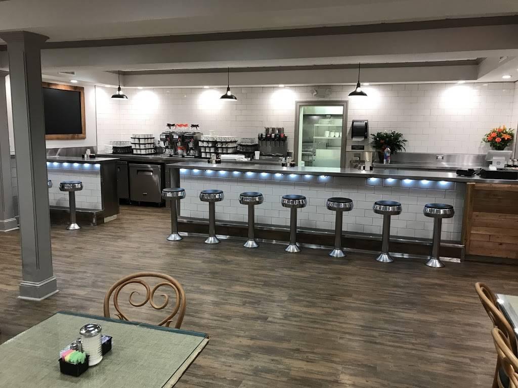 Well Fed | restaurant | 4006 W Skippack Pike, Skippack, PA 19474, USA | 6105840900 OR +1 610-584-0900
