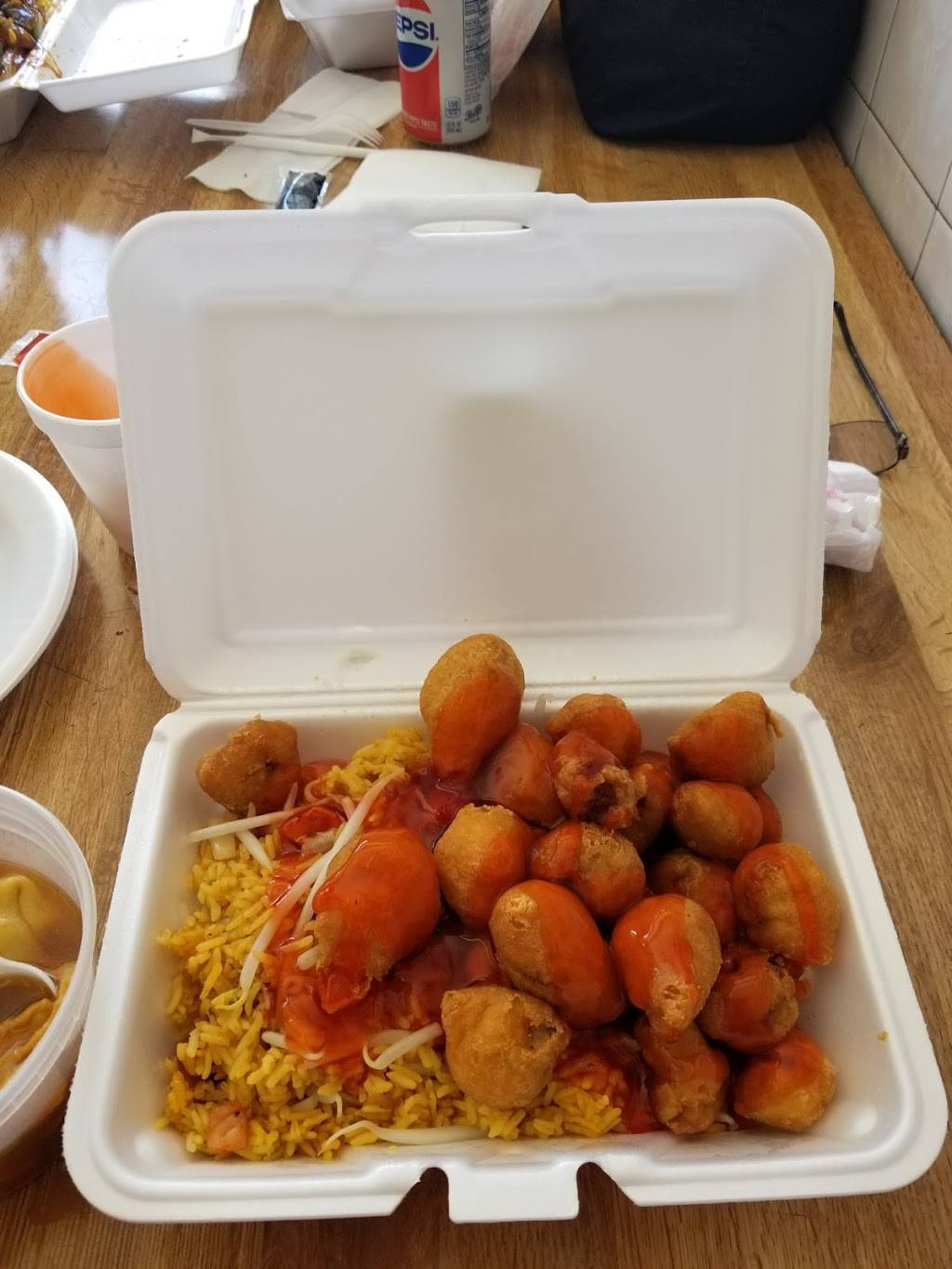 RJR Yummy Kitchen | meal takeaway | 90-21 31st Ave, East Elmhurst, NY 11369, USA | 7184762836 OR +1 718-476-2836