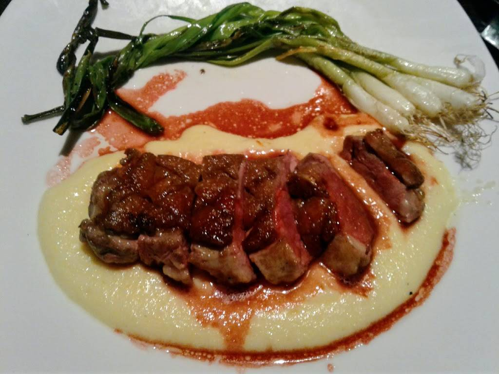 Cove Steakhouse & Raw Bar | restaurant | 777 Harrahs Blvd, Chester, PA 19013, USA | 4844901816 OR +1 484-490-1816