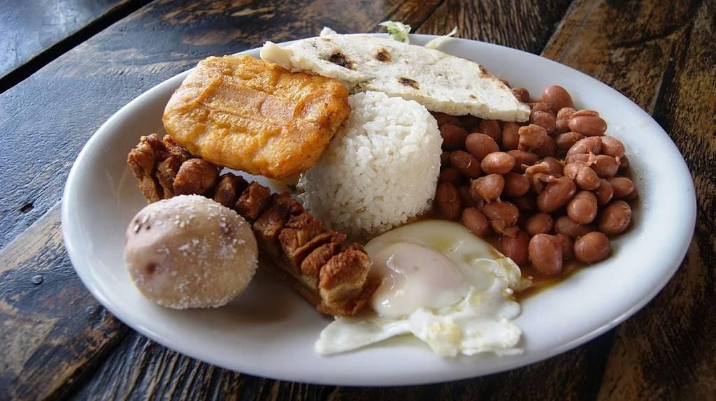 La Antioquena Restaurant | cafe | 3861 Lake Emma Rd, Lake Mary, FL 32746, USA | 4078292532 OR +1 407-829-2532